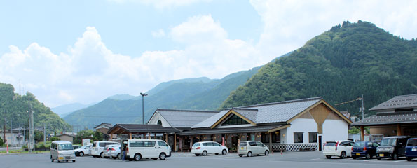 道の駅若桜 外観